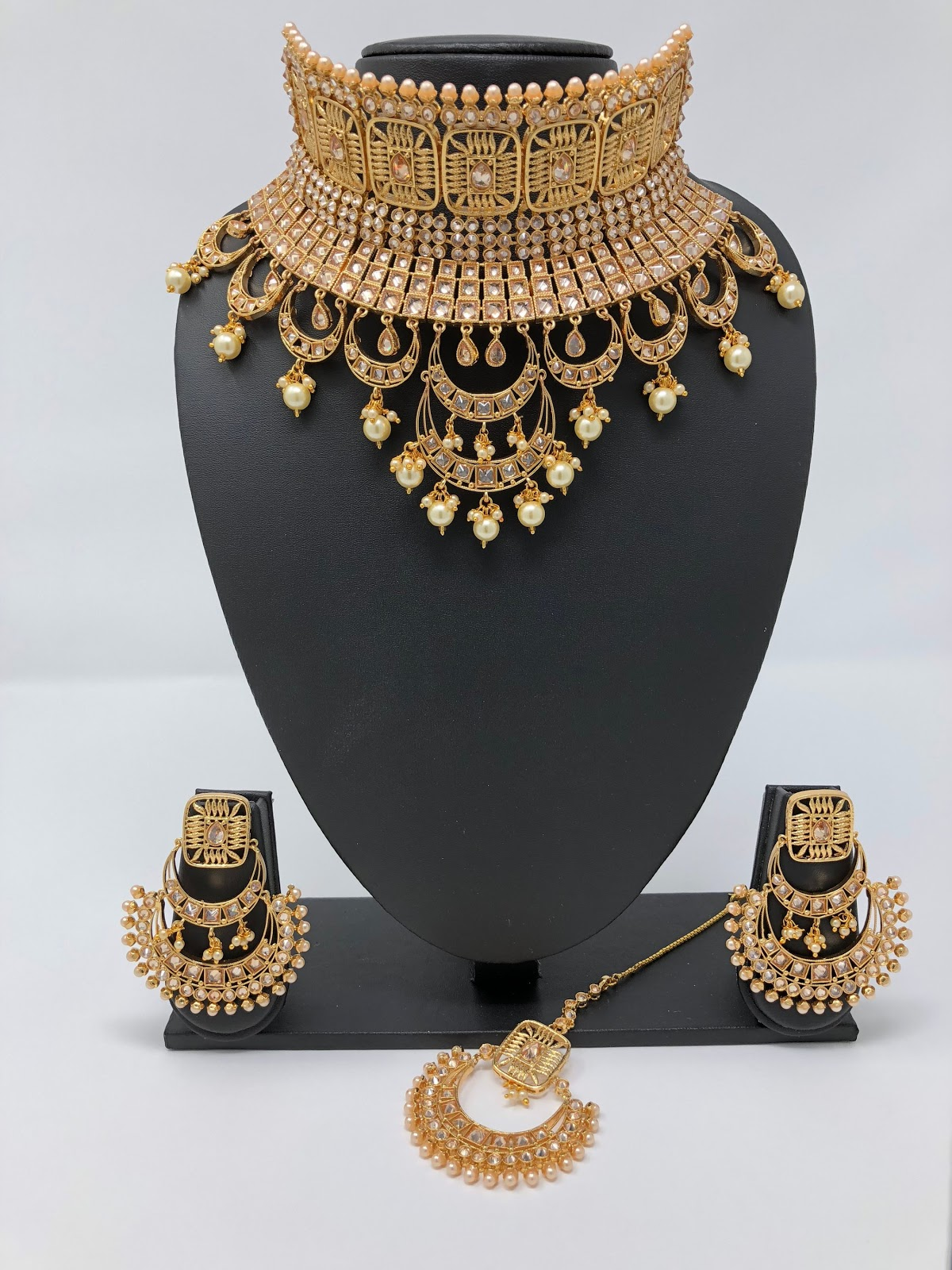 Bridal Jewellery For The Stylish Indian Bride